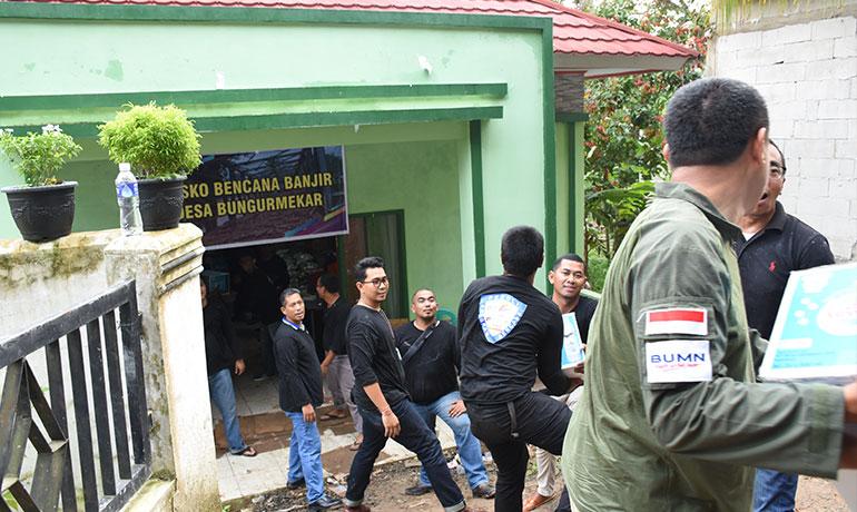 Bantuan-Banjir-Desa-Bungurmekar-2